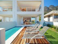 Holiday Rentals & Accommodation - Holiday Villas - South Africa - Cape Peninsula - Cape Town