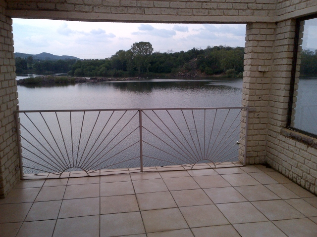 Woonstelle te huur in Vaaloewer, Vaal River - Gauteng, South Africa