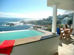Holiday Rentals & Accommodation - Beachfront Accommodation - South Africa - Cape Peninsula - Cape Town