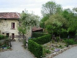 Holiday Rentals & Accommodation - Holiday Houses - France - Poitou Charentes  - Saint Christophe