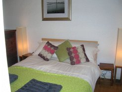 Holiday Rentals & Accommodation - Self Catering - Scotland - Old Town Edinburgh - Edinburgh