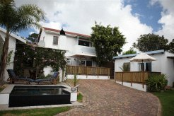 Holiday Rentals & Accommodation - Guest Houses - South Africa - Garden Route - Plettenberg Bay