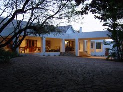 Holiday Rentals & Accommodation - Cottages - South Africa - Randburg - Johannesburg