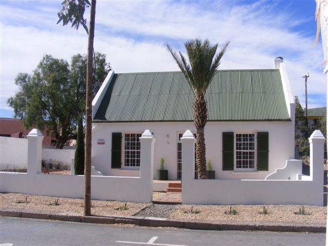 Holiday Rentals & Accommodation - Self Catering - South Africa - Great Karoo - Beaufort West