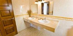 Villas to rent in Costa Teguise, Lanzarote, Canary Islands