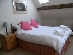 Exclusive Luxury Accommodation to rent in Gloucester, Cotswolds/Severn Valley, England