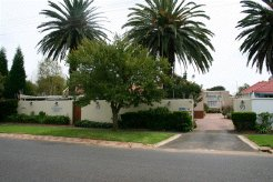 Holiday Rentals & Accommodation - Bed and Breakfasts - South Africa - Randburg - Johannesburg