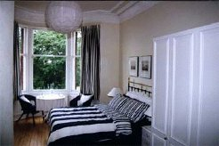 Holiday Rentals & Accommodation - Bed and Breakfasts - Scotland - Broomhill - Glasgow