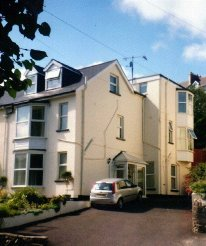 Holiday Rentals & Accommodation - Bed and Breakfasts - England - Devon - ILFRACOMBE