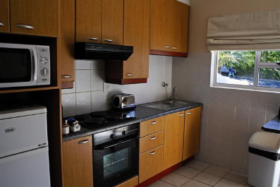 Holiday Rentals & Accommodation - Apartments - South Africa - Camps Bay - Cape Town
