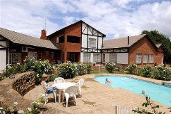 Holiday Rentals & Accommodation - Guest Lodges - South Africa - Drakensberg - Bergville