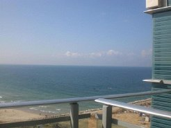 Holiday Rentals & Accommodation - Beachfront Apartments - Israel - Herzliya marina - Herzliya
