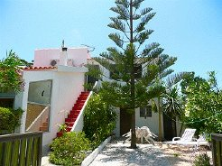 Holiday Rentals & Accommodation - Holiday Apartments - Portugal - Faro/ Algarve/ Aljezur - Aljezur