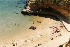 Holiday Rentals & Accommodation - Beachfront Apartments - Portugal - FARO - ALBUFEIRA