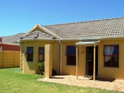 Holiday Rentals & Accommodation - Holiday Homes - South Africa - WESTERN CAPE - CAPE TOWN