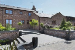 Holiday Rentals & Accommodation - Cottages - England - North West of England - West Kirby