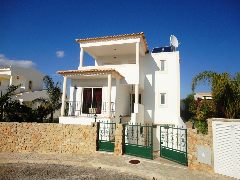 Holiday Rentals & Accommodation - Villas - Portugal - Algarve - Portimao