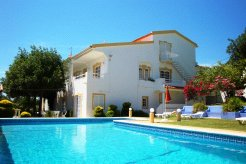 Holiday Rentals & Accommodation - Holiday Villas - Portugal - Alcantarilha - Pêra