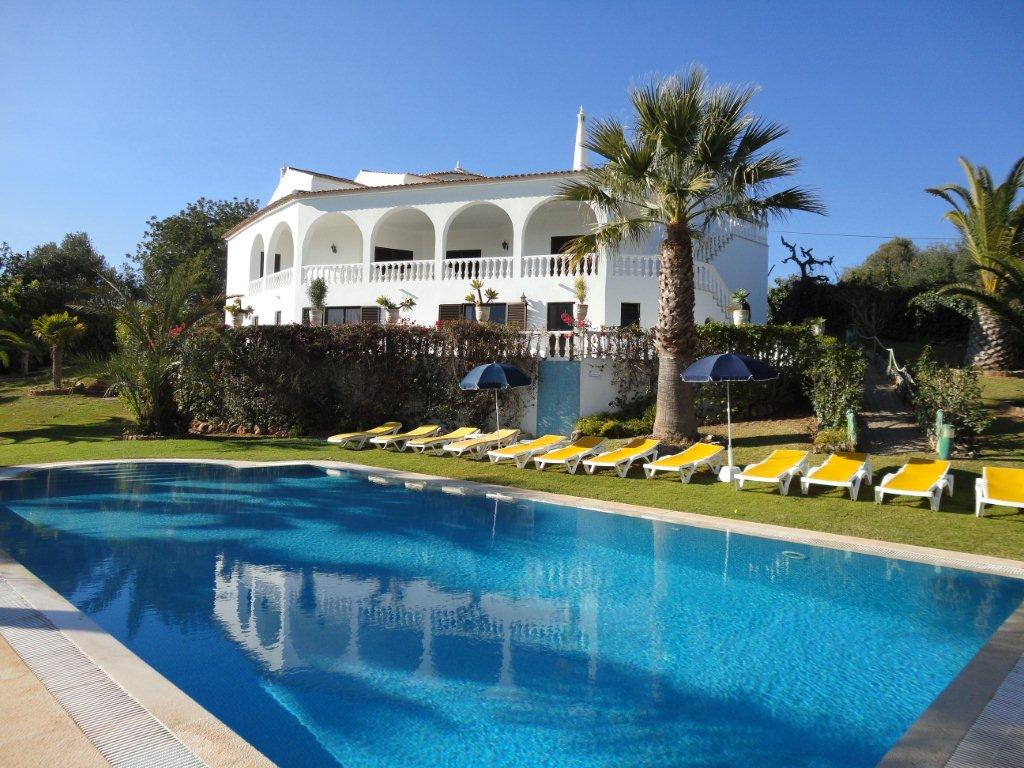 Holiday Rentals & Accommodation - Holiday Villas - Portugal - Algarve - Silves