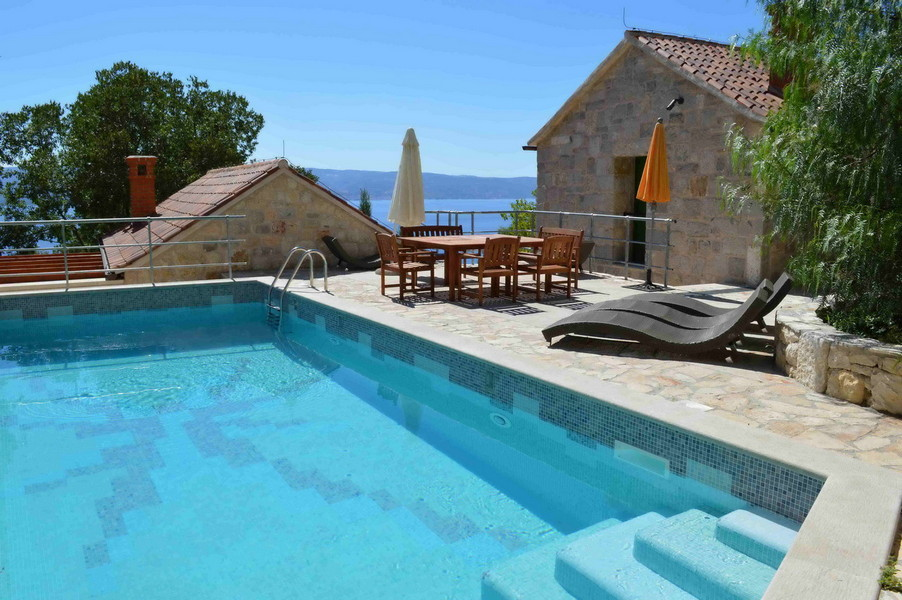 Holiday Rentals & Accommodation - Holiday Villas - Croatia - Dalmatia-Croatia - Omiš