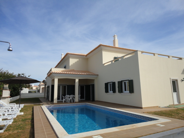 Holiday Rentals & Accommodation - Holiday Villas - Portugal - Algarve - Albufeira