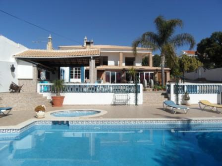 Holiday Rentals & Accommodation - Guest Farms - Portugal - Algarve - Alcantarilha