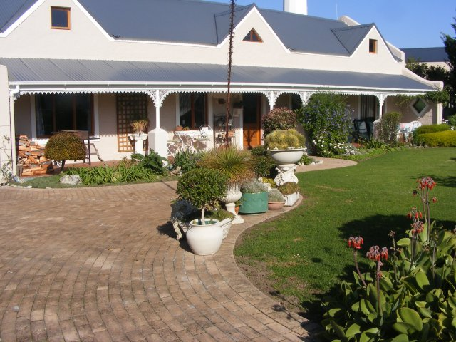 Holiday Rentals & Accommodation - Holiday Homes - South Africa - Western Cape - Sstanford