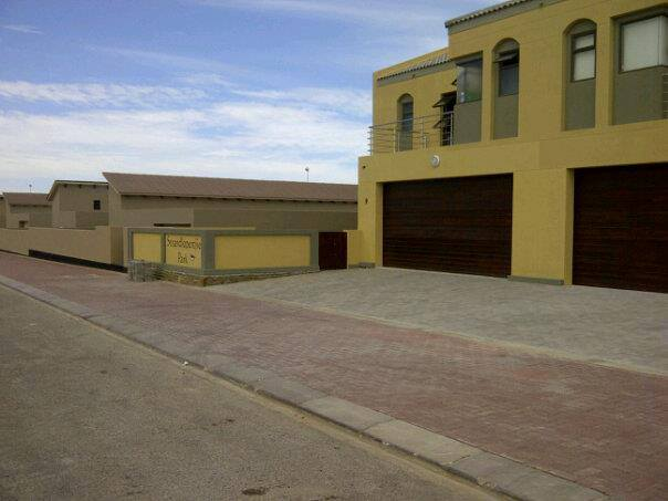 Selfsorg te huur in WALVIS BAY, DOLPHIN BEACH, Namibia