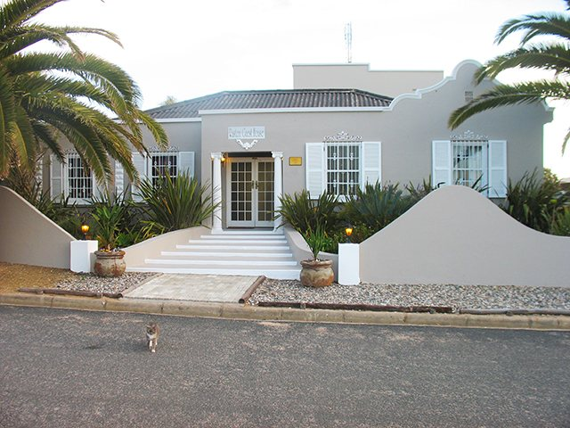 Holiday Rentals & Accommodation - Guest Houses - South Africa - West Coast South Africa - Lamberts Bay