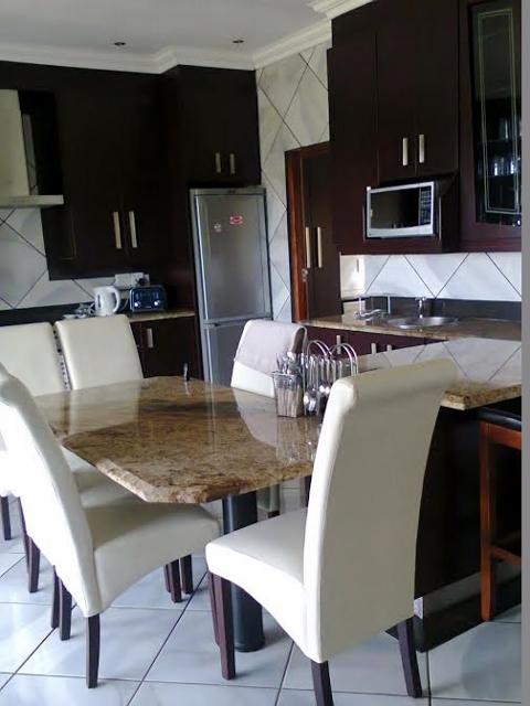 Strand Huise te huur in Salt Rock, Kwazulu-NAtal, South Africa