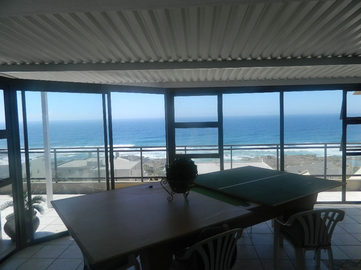 Holiday Rentals & Accommodation - Holiday Accommodation - South Africa - Hibiscus Coast - Manba
