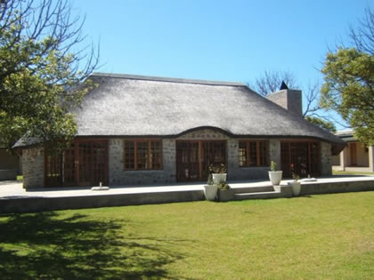 Holiday Rentals & Accommodation - Guest Houses - South Africa - Cape Whale Coast - Pringle Bay