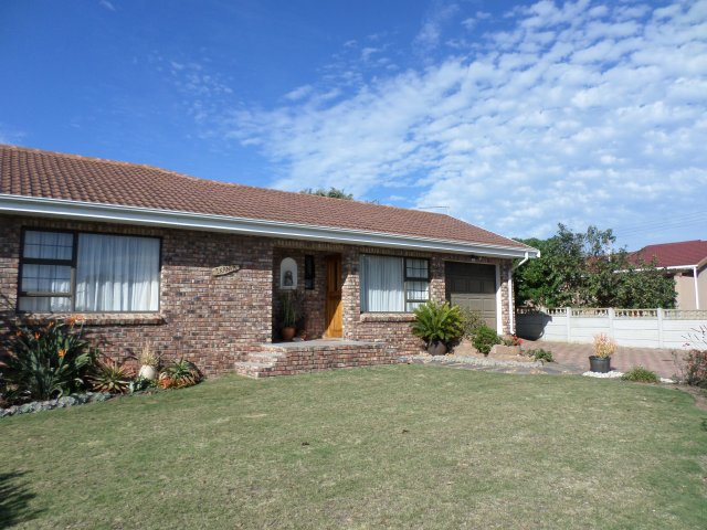 Holiday Rentals & Accommodation - Self Catering - South Africa - Garden Route - Fraaiuitsig