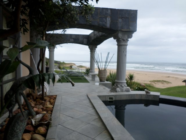 Holiday Rentals & Accommodation - Beachfront Accommodation - South Africa - Garden Route - Glentana