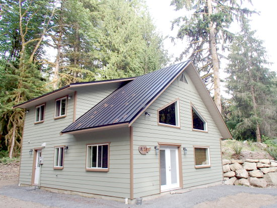 Holiday Rentals & Accommodation - Cabins - USA - Mt. Baker - Maple Falls