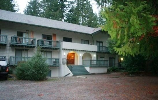 Holiday Rentals & Accommodation - Mountain Retreats - USA - Mt. Baker - Glacier