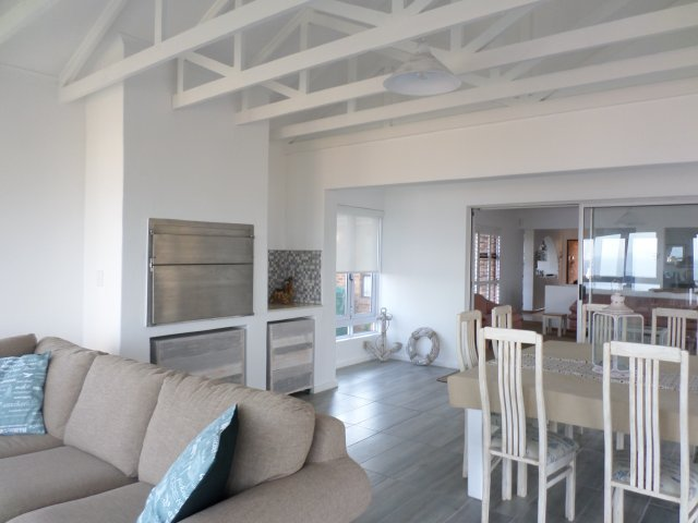 Beach Houses to rent in Reebok, Garden Route, South Africa