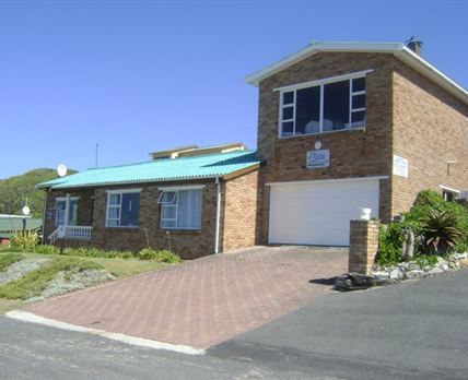 Holiday Rentals & Accommodation - Backpackers - South Africa - Western Cape - Gaansbaai
