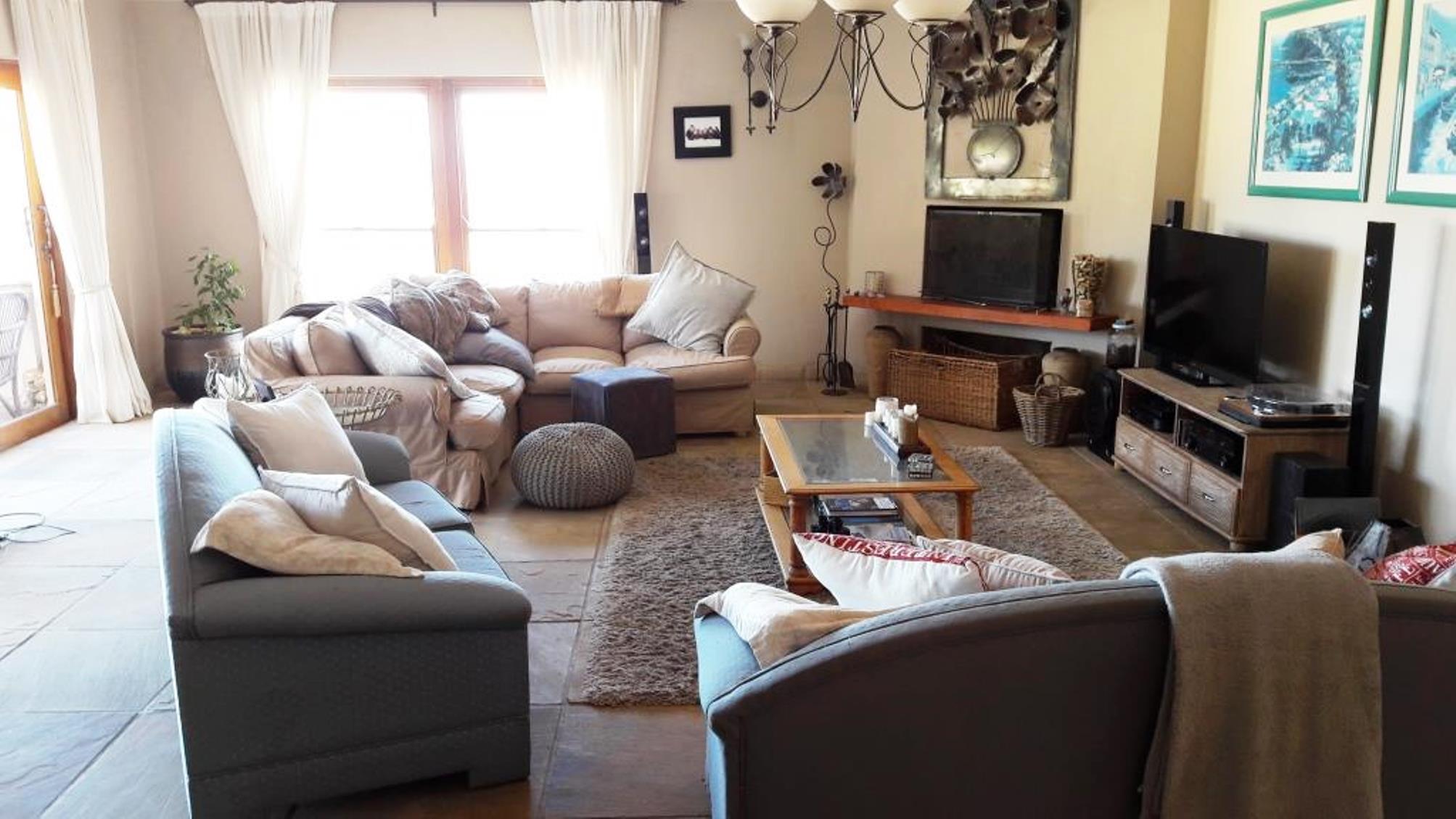 Villas te huur in Gordons Bay, Helderberg, South Africa