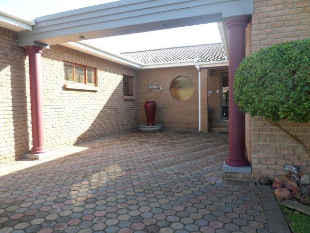 Verhurings & Vakansie Akkommodasie - Vakansie Akkommodasie - South Africa - Garden Route - Hartenbos