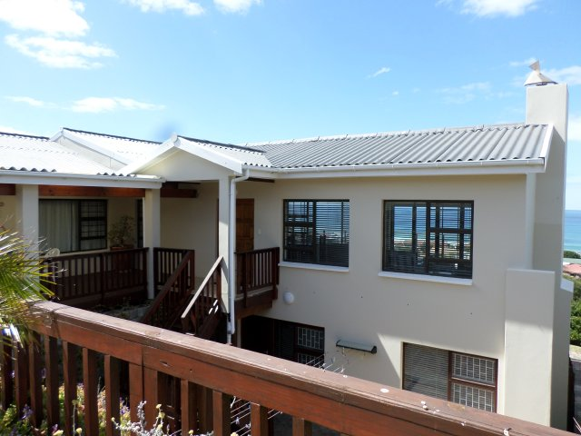 Holiday Rentals & Accommodation - Holiday Houses - South Africa - Garden Route - Reebok