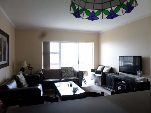 Apartments to rent in Reebok, Garden Route, South Africa