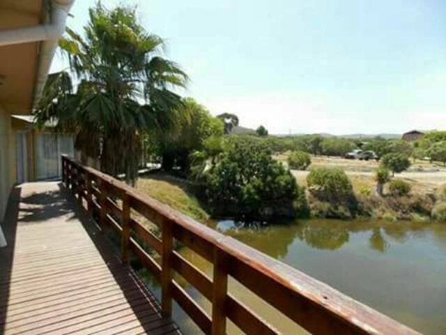 Holiday Rentals & Accommodation - Holiday Accommodation - South Africa - Garden Route - Kleinbrakrivier