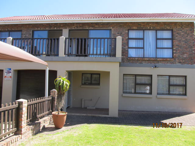 Holiday Rentals & Accommodation - Holiday House - South Africa - Garden Route - Groot Brak River