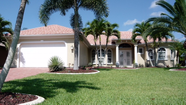 Holiday Rentals & Accommodation - Villas - United States - 2230 SE 20TH PL - Cape Coral