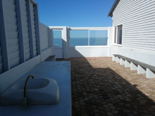 Beachfront to rent in Klein Brak River, Garden Route, South Africa