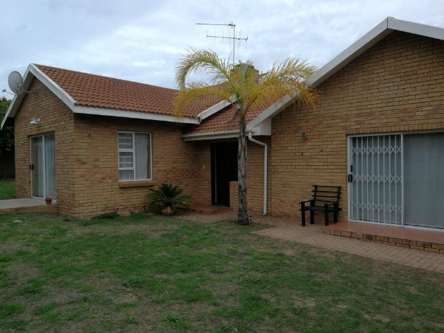 Holiday Rentals & Accommodation - Holiday House - South Africa - Garden Route - Mosselbay