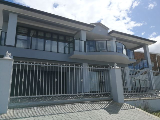 Holiday House to rent in Little Brak River, Garden Route, South Africa