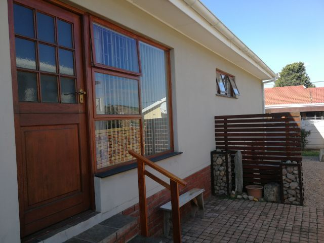 Holiday Rentals & Accommodation - Self Catering - South Africa - Garden Route - Mosselbay