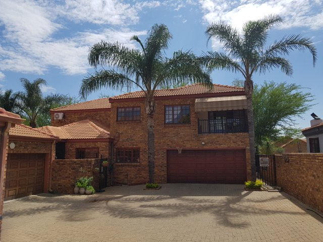 Holiday Rentals & Accommodation - Self Catering - South Africa - GAUTENG - Centurion